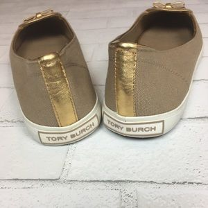 037c1f508d653 Tory Burch Shoes - NEW Tory Burch Dakota Canvas Sneaker 10 Khaki Gold